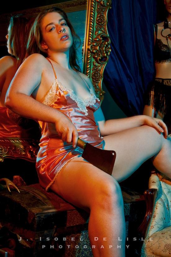 Female model photo shoot of Rhodanthe