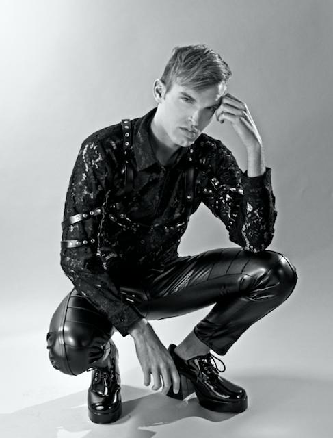 Male model photo shoot of Brett Kenyon