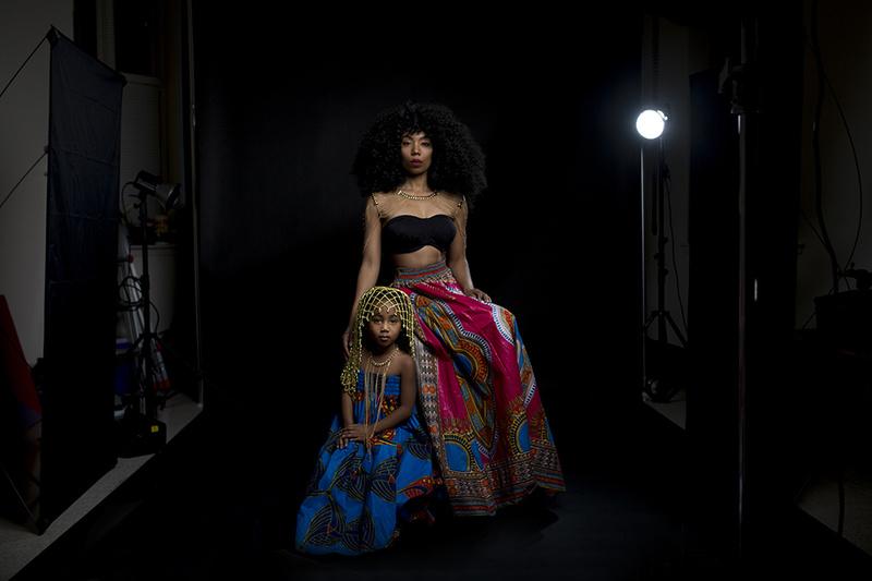 Female model photo shoot of Dawn Masen