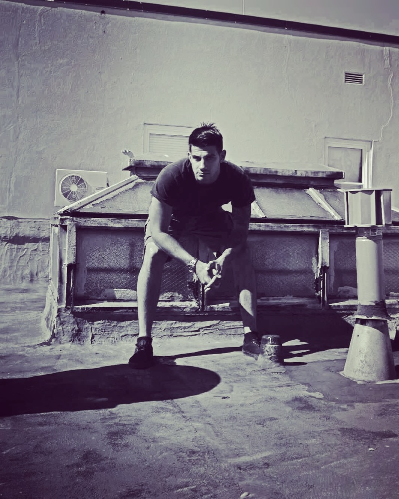 Male model photo shoot of Mmaringola