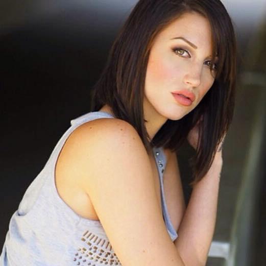 Female model photo shoot of StacieGreenway
