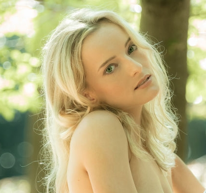 Female model photo shoot of VictoriaPure