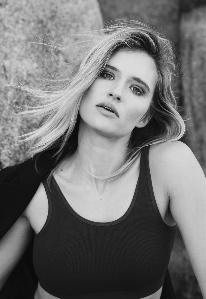 Female model photo shoot of Katie Bonser