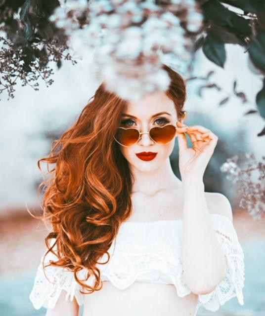 Female model photo shoot of Jessamyne