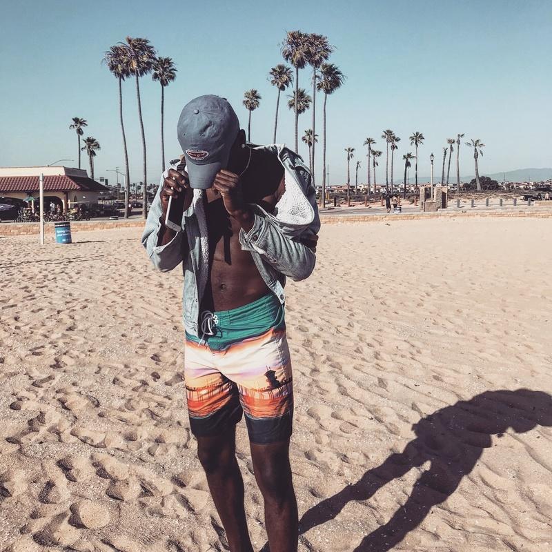 Male model photo shoot of Thathooperr