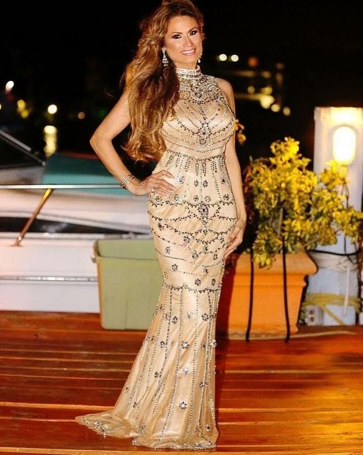 Female model photo shoot of Dreambutterfly in Star Island, Miami Florida