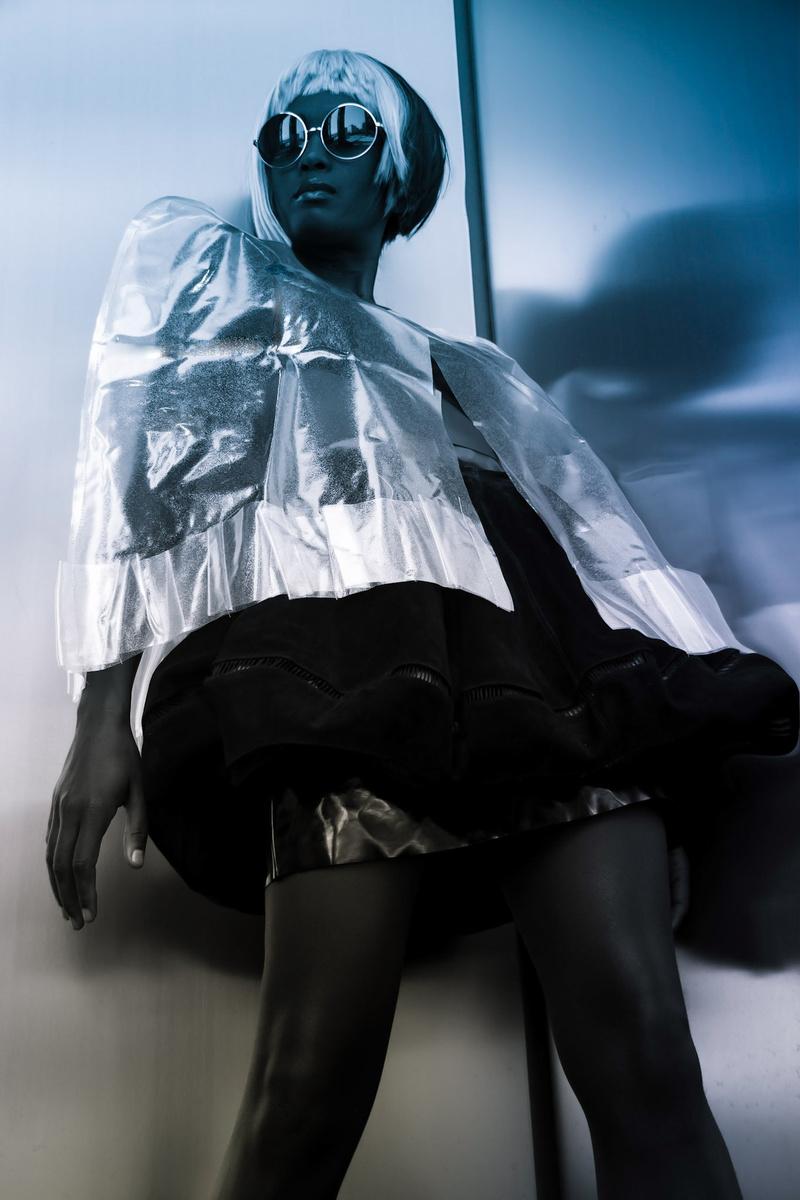 Female model photo shoot of Marissa_Ph1