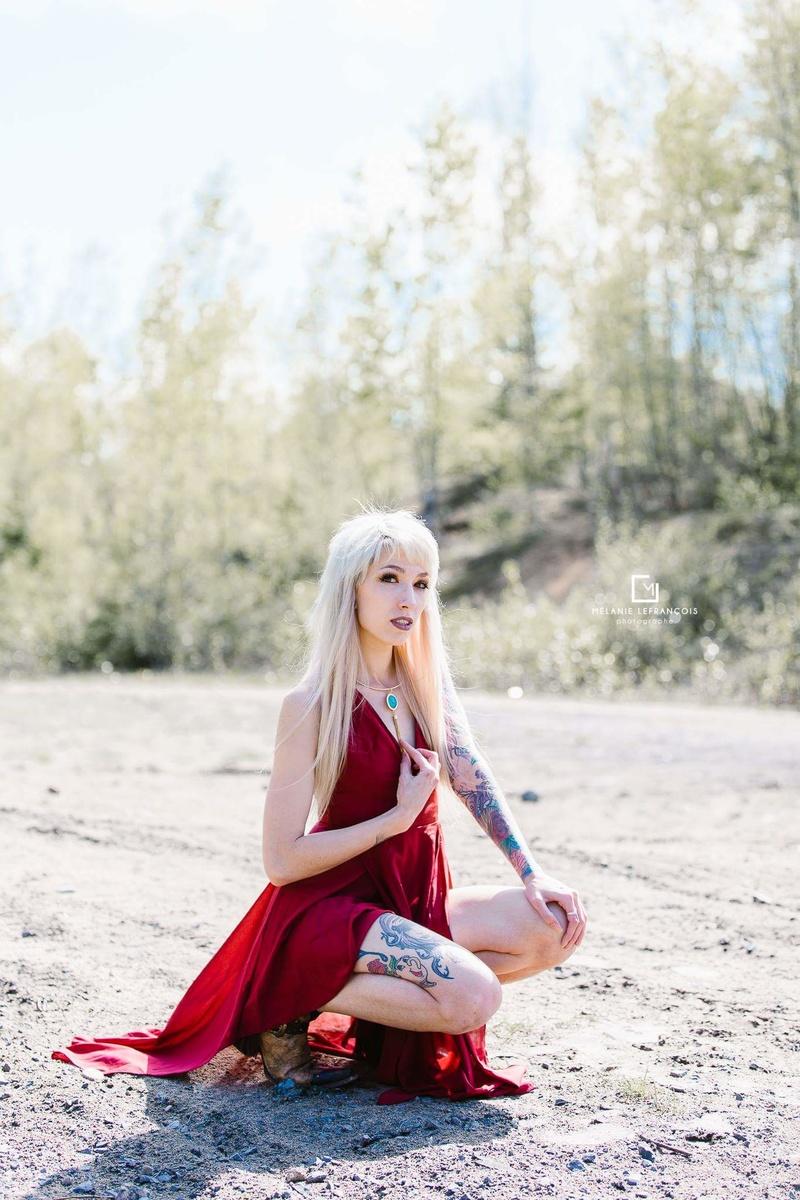 Female model photo shoot of Macdie in Quebec