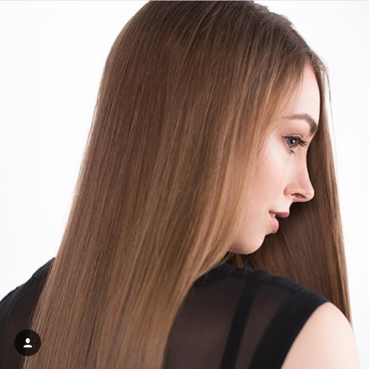 Female model photo shoot of Charley-Anne