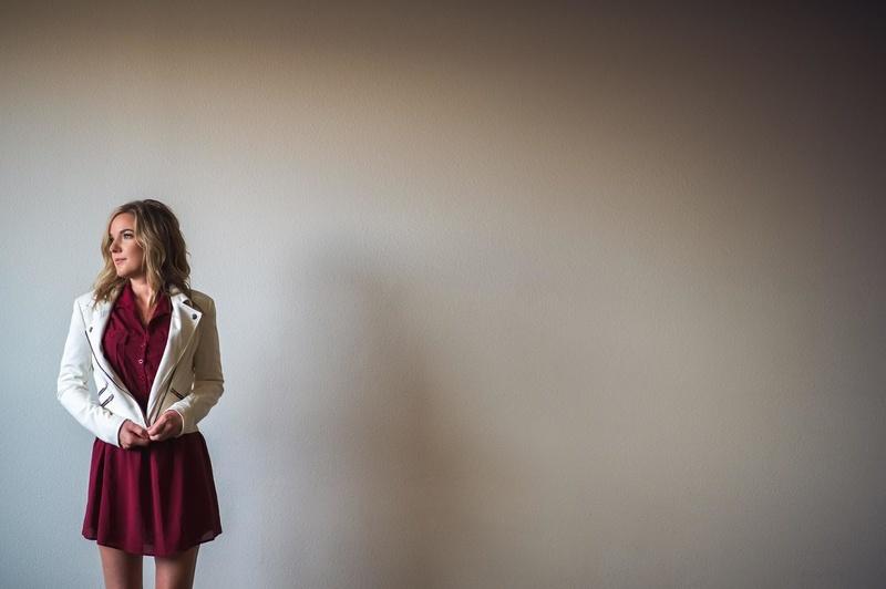 Female model photo shoot of Stephanie_Larkins