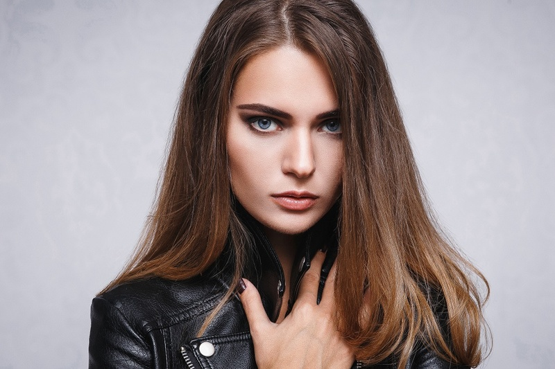 Female model photo shoot of Reznichenko Anastasia