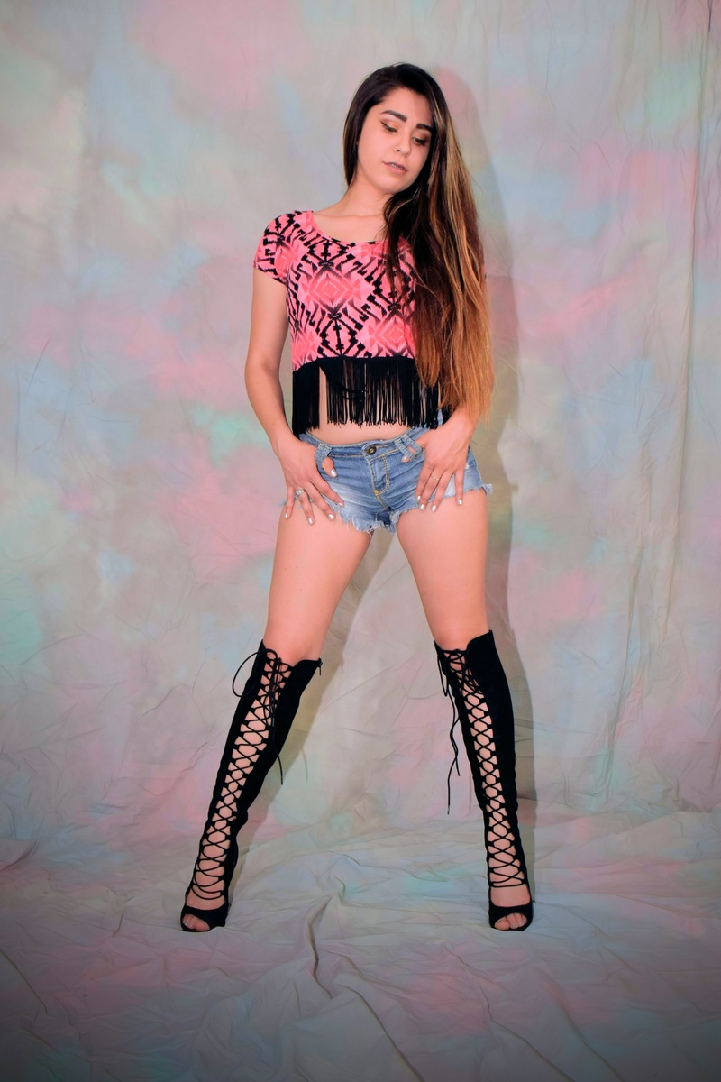 Female model photo shoot of PrincessReyy