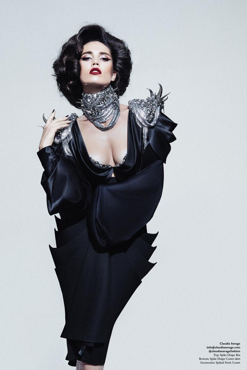 0 model photo shoot of Claudia Savage