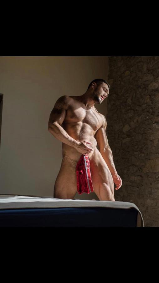 Male model photo shoot of Aslann