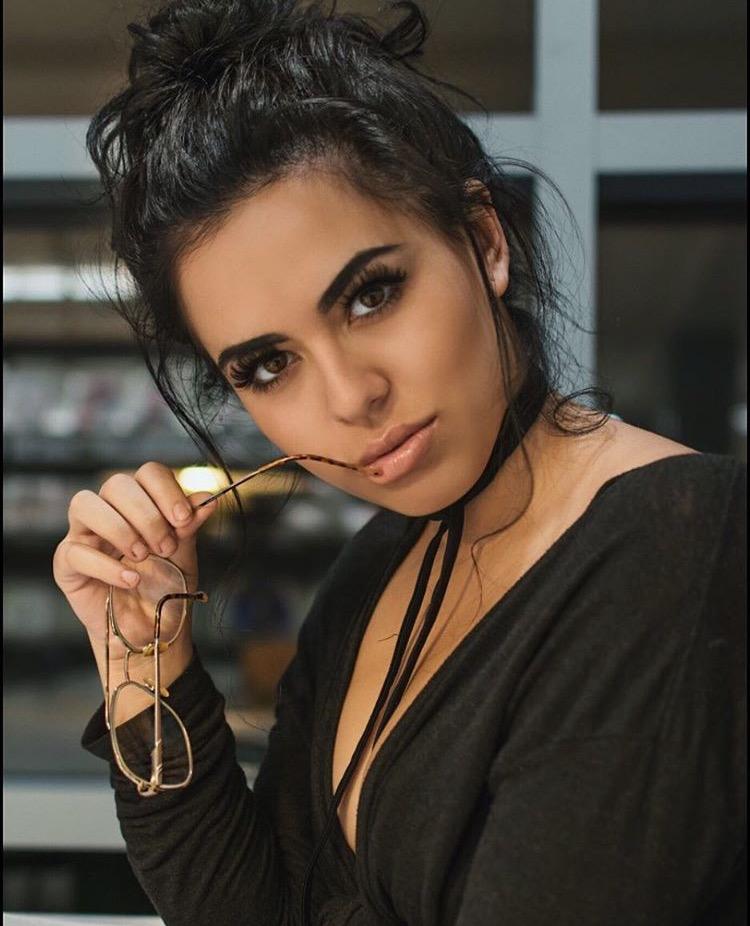 Female model photo shoot of gaby gallardo