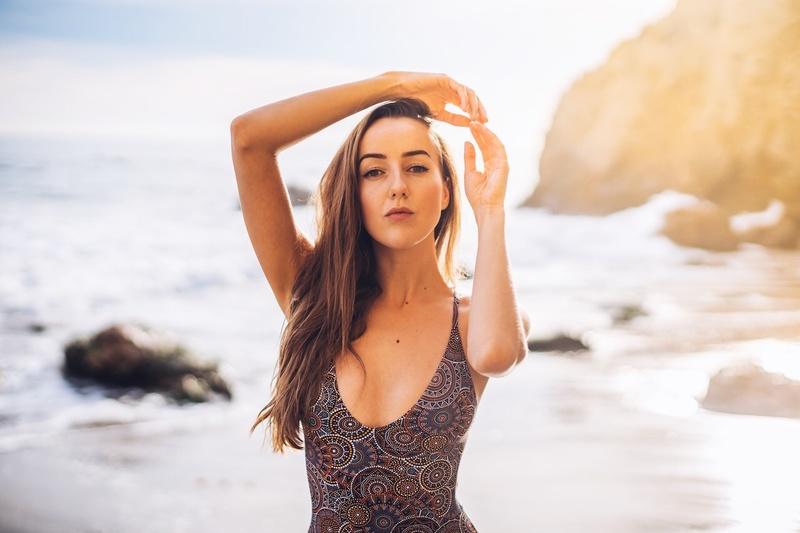 Female model photo shoot of Ellay Watson