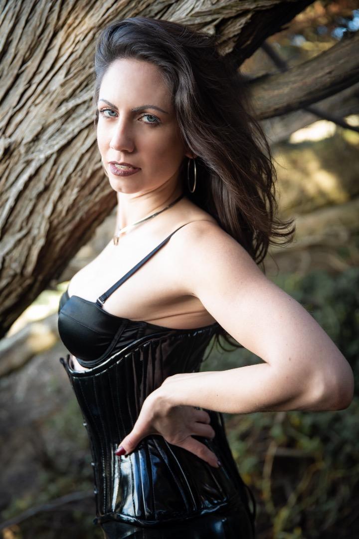 Female model photo shoot of flyingdeskset