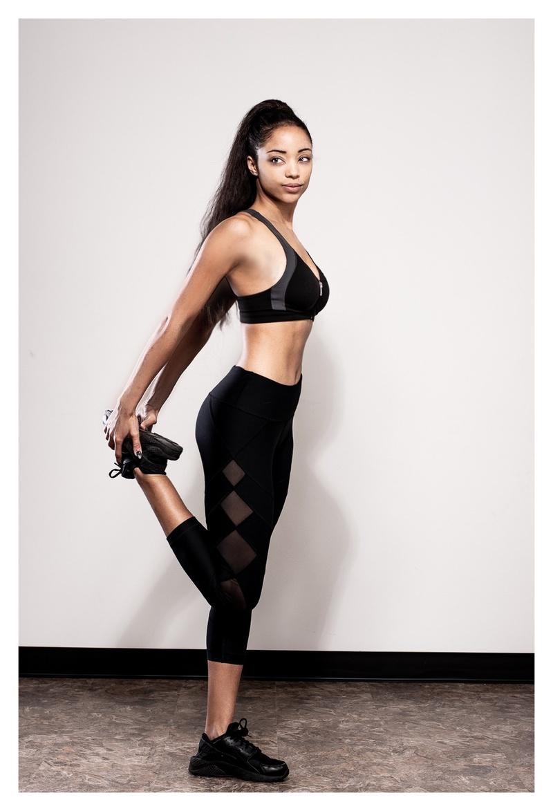 Female model photo shoot of Jadecrosby