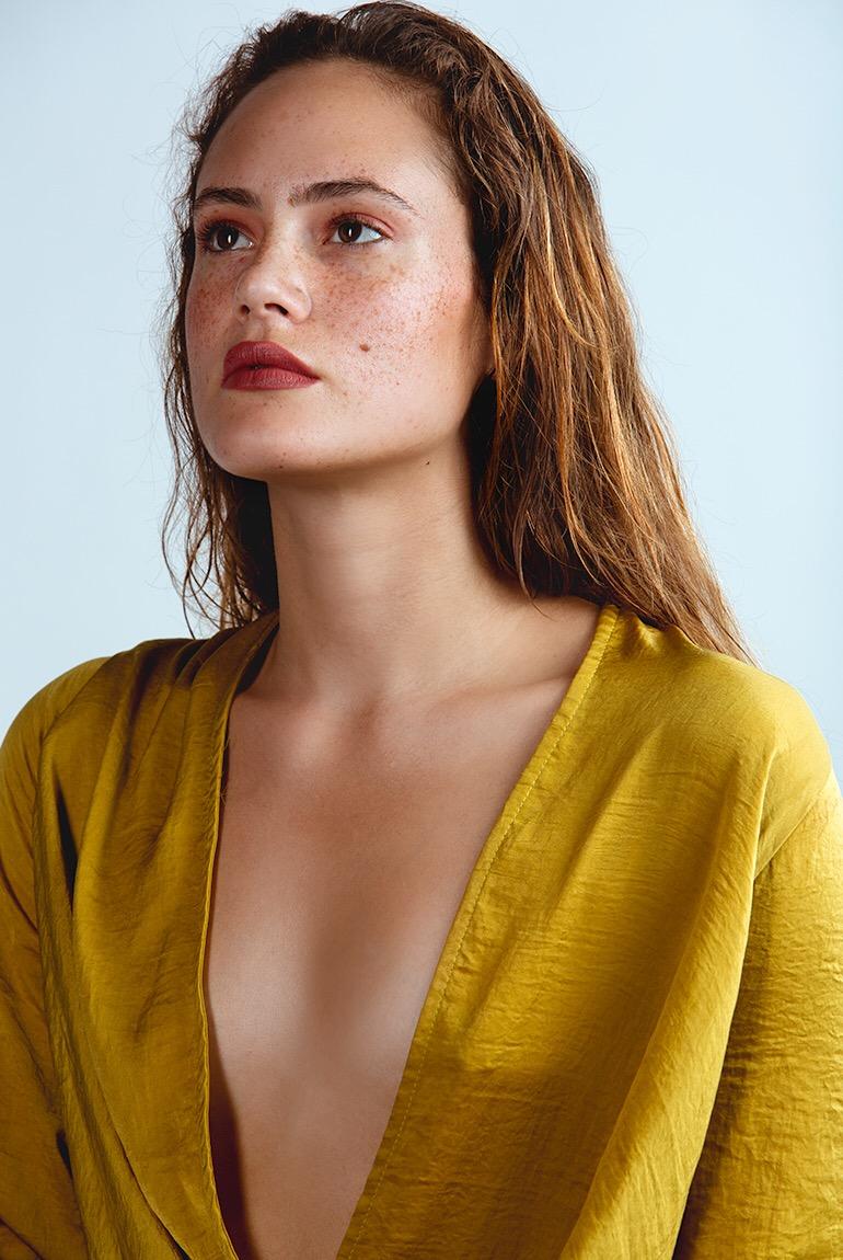 Female model photo shoot of Maria_MMartin
