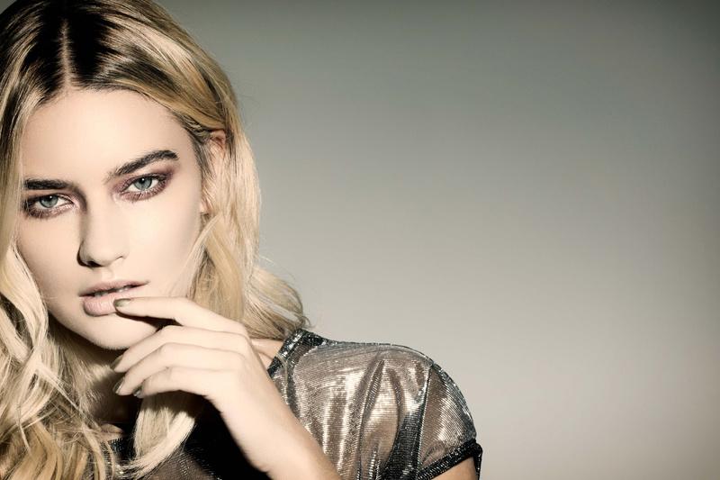 Female model photo shoot of RetouchRach