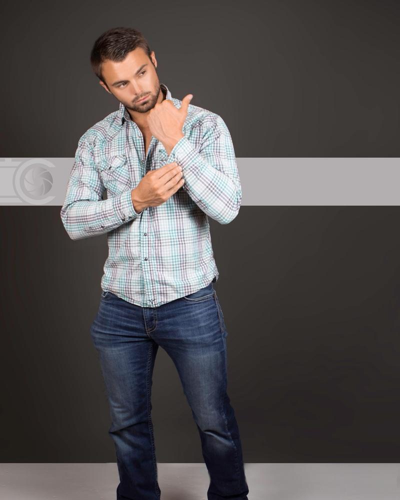 Male model photo shoot of Hunter Stephens