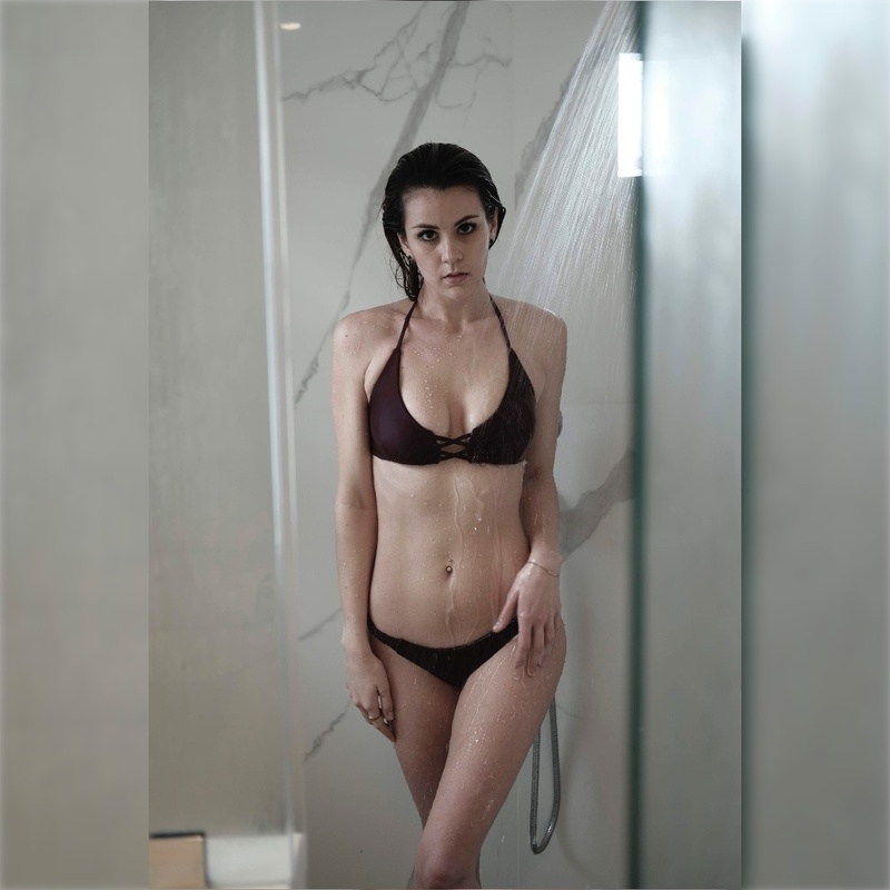 Female model photo shoot of Allisonncolby