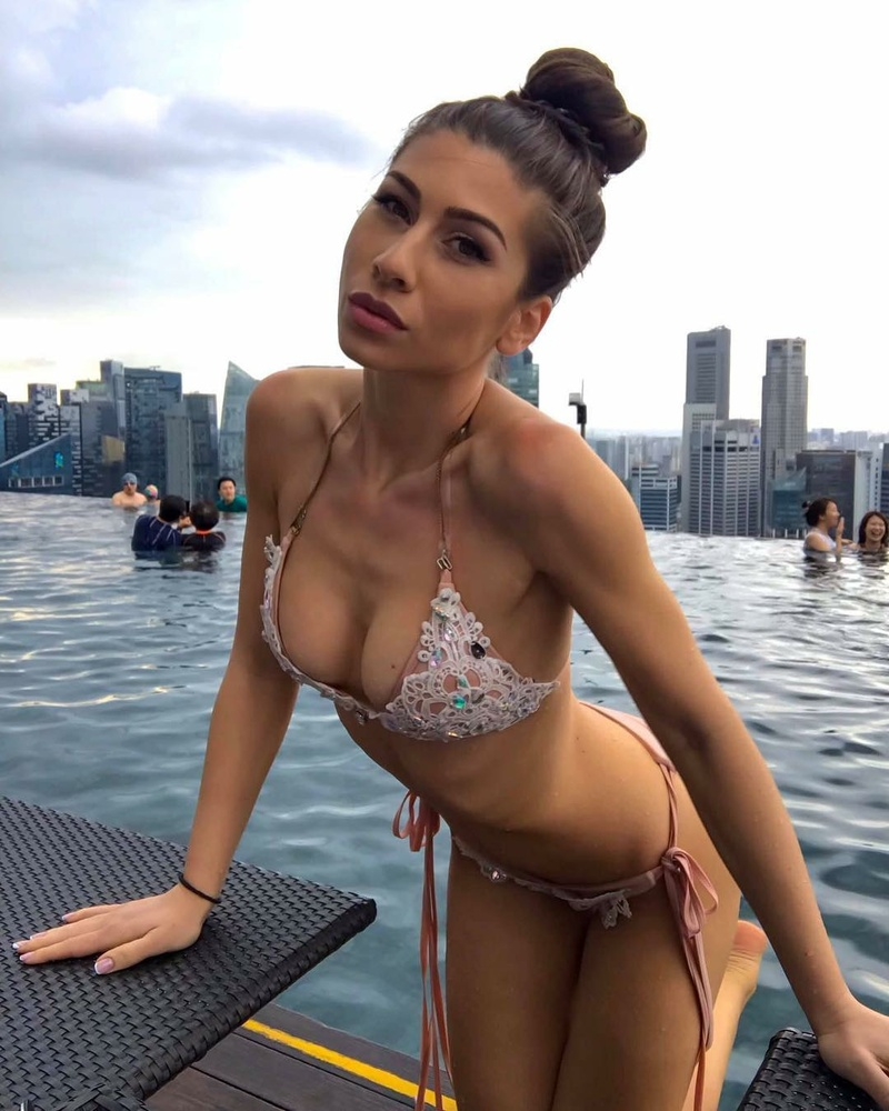 Female model photo shoot of eligeorgievaa