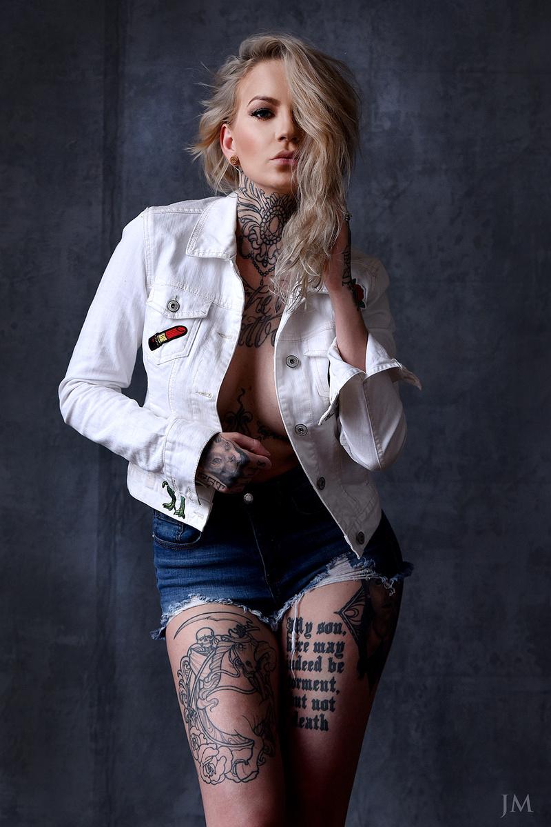 Male model photo shoot of JohnnyMillerPhoto