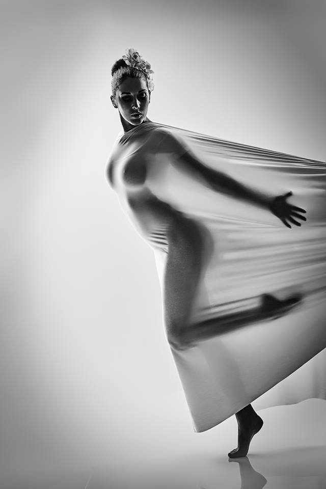 Female model photo shoot of Barbora Z