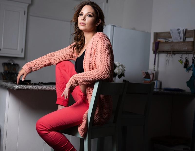 Female model photo shoot of laura lee