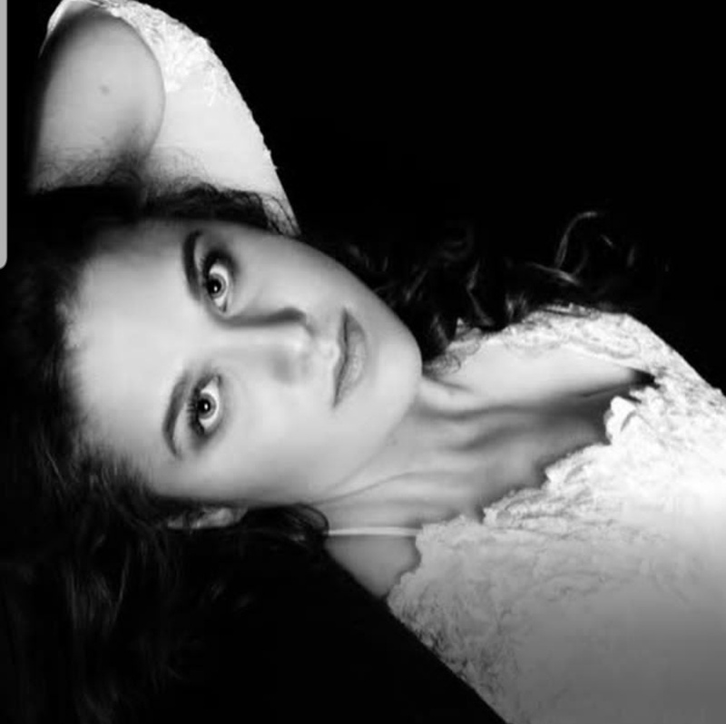 Female model photo shoot of TabbyL1
