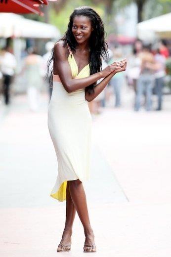 Female model photo shoot of Skylar Starks