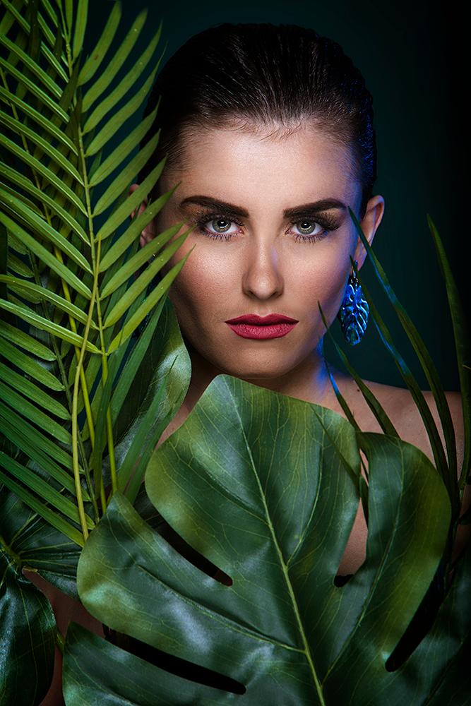 Male model photo shoot of Eduardo Rosa by TawnyHorton