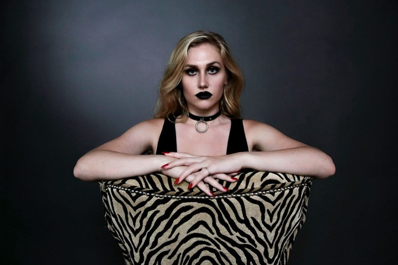 Female model photo shoot of Sindy Pierce