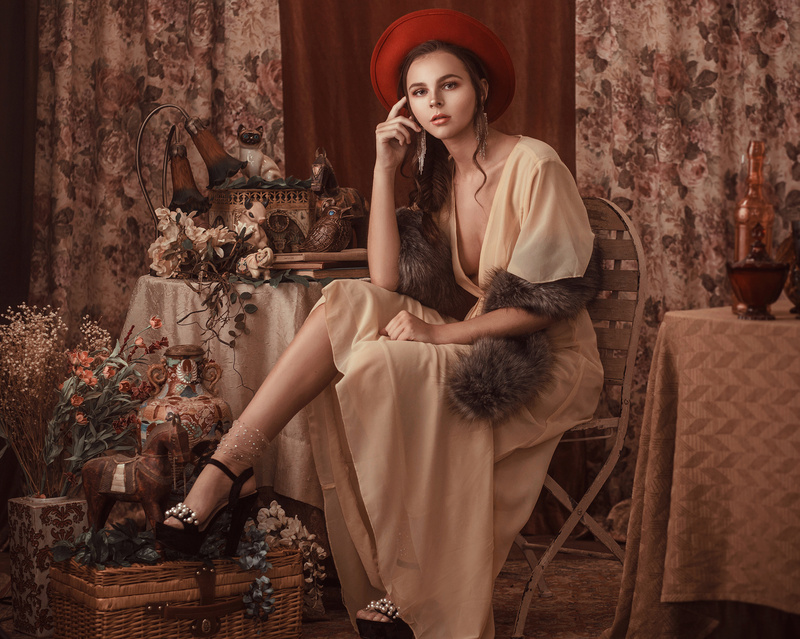 Female model photo shoot of Bernadette Newberry
