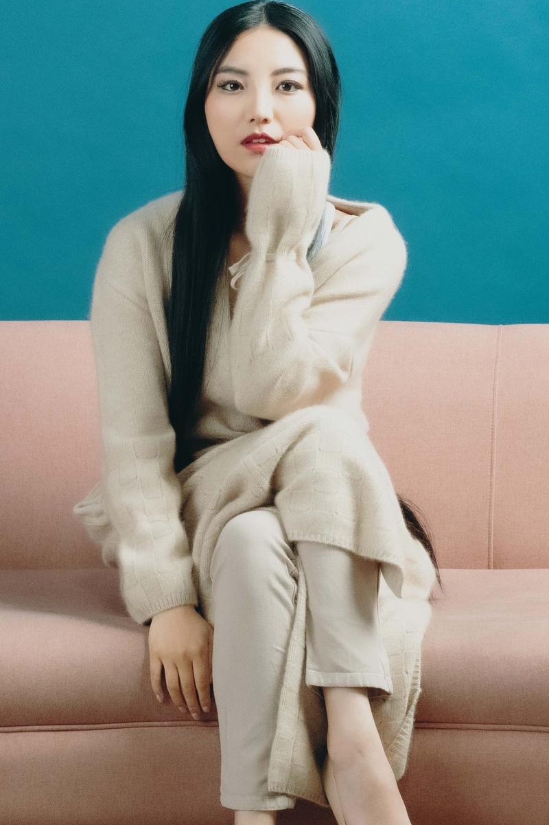 Female model photo shoot of Jessie Yang Model