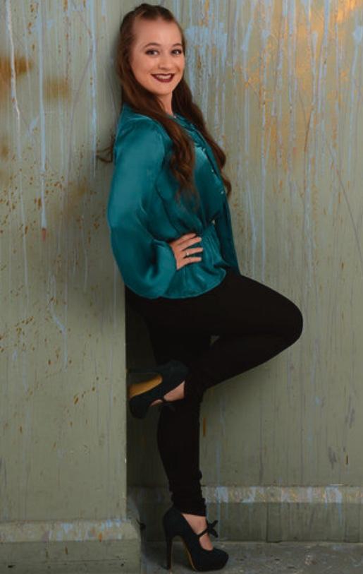 Female model photo shoot of Ellymodel in London