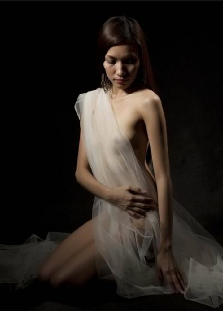 Female model photo shoot of kashieka