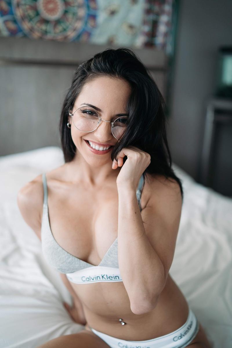 Female model photo shoot of Vikki Beretta in Napa