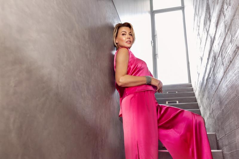 Female model photo shoot of Starla Fortunato