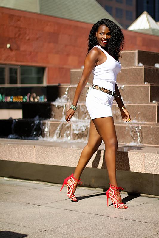 Female model photo shoot of DazelleYvette
