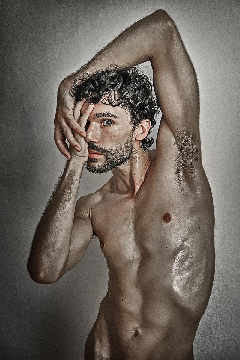 Male model photo shoot of giardini photovisions in Berlin