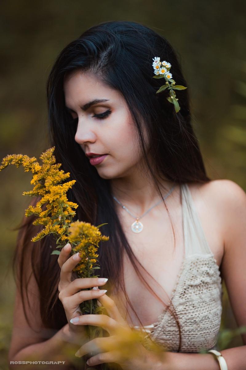 Female model photo shoot of Nooshin by Ross Orpiada in Hanlon Creek Park