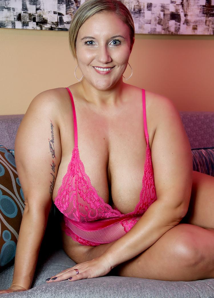 Female model photo shoot of PaigeMonroe  by Meko in Greensboro, NC
