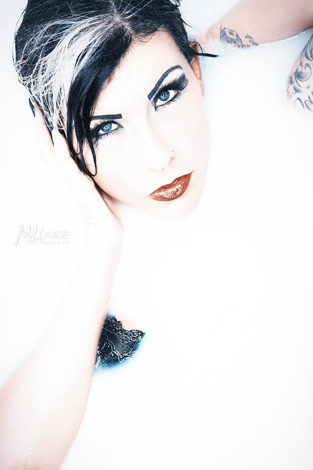 Male model photo shoot of M L Image