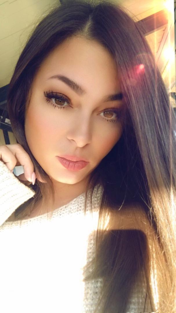 VeronicaRBeauty Female Makeup Artist Profile - BRONX, New