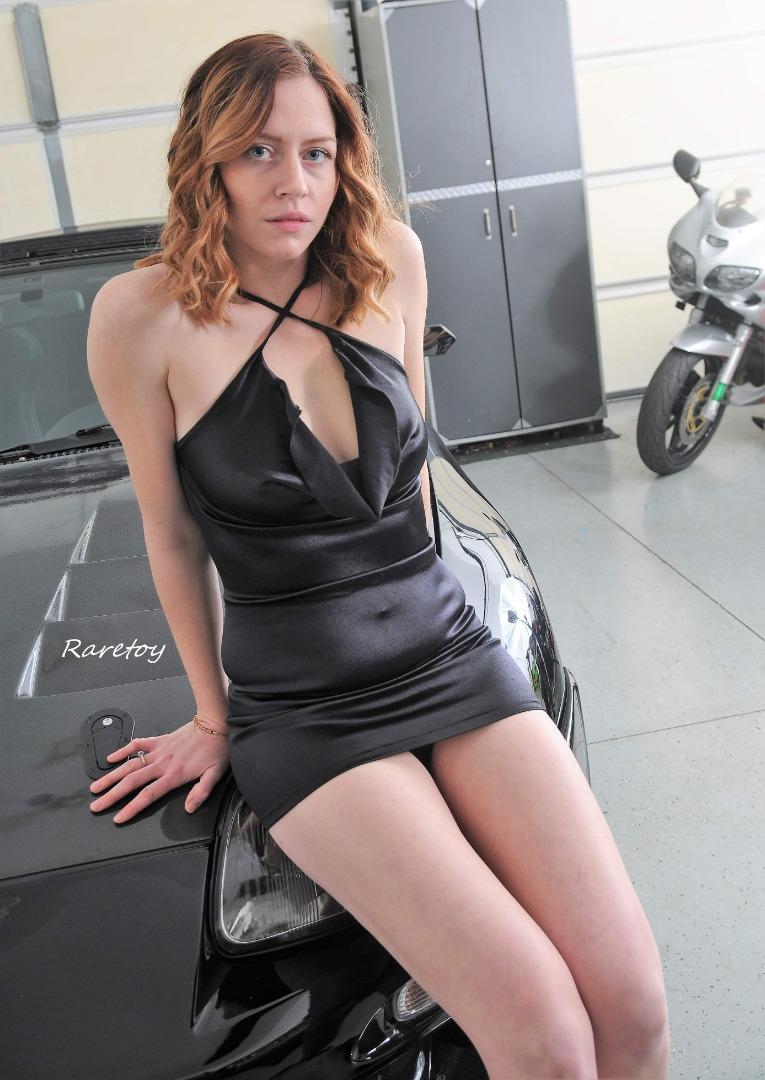 Female model photo shoot of Katiluv24