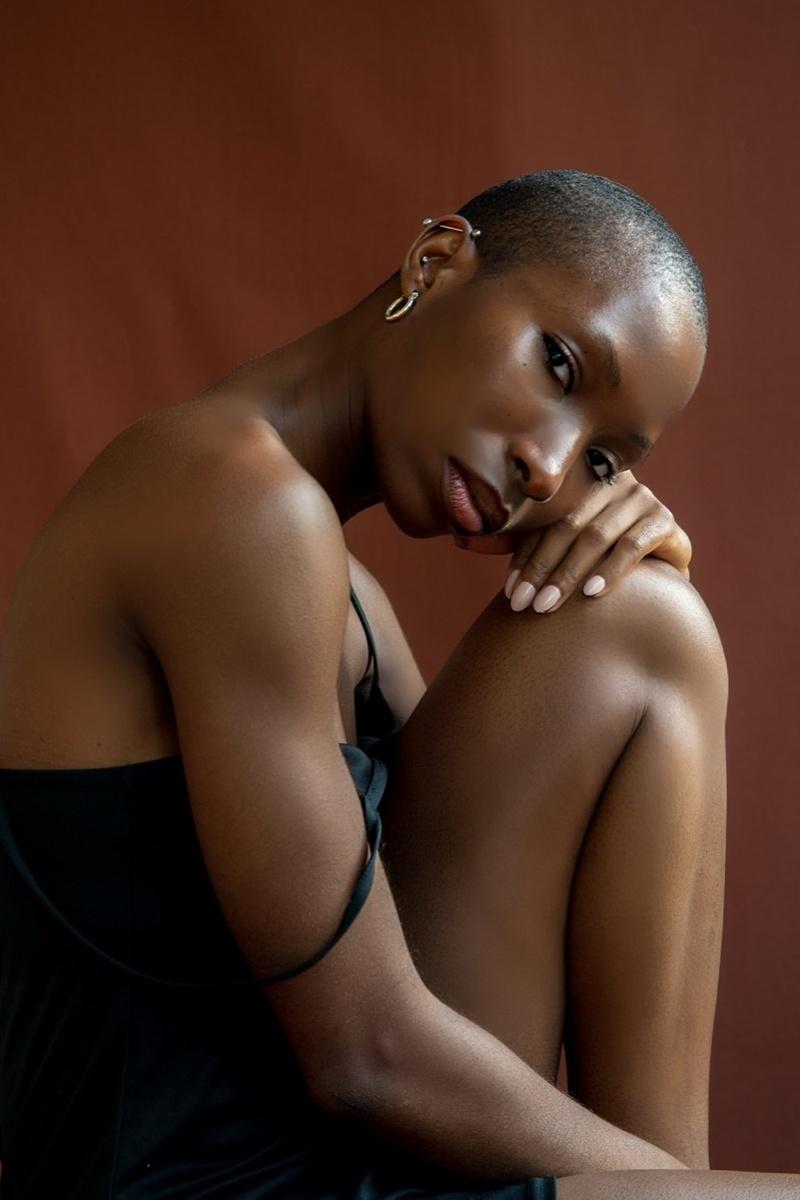 Female model photo shoot of Chi Chioma