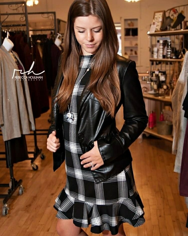 Female model photo shoot of OfficiallyShelby2020 in Charlotte, MI