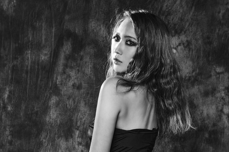 Female model photo shoot of Sherry Chen